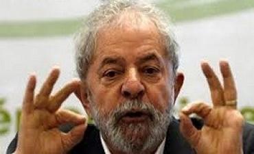 11/04/2017: Odebrecht dijo que pagó unos 4 millones de dólares destinados a Lula