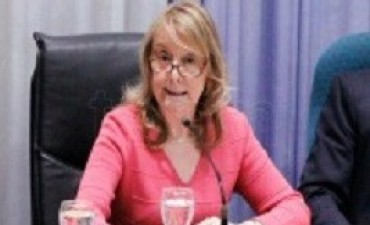 13/04/2017: Ordenan a Alicia Kirchner liberar fondos para pagar sueldos judiciales