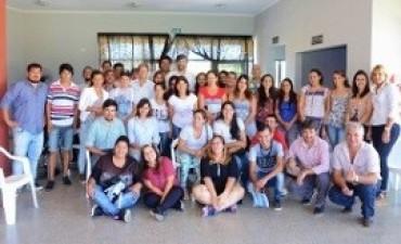 15/04/2017: Jóvenes entrerrianos iniciaron sus capacitaciones con Crecer