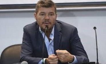 17/04/2017: Tinelli renunció a su cargo en la AFA