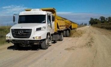 24/04/2017: Avanzan las mejoras en el camino de Ramírez a Don Cristóbal y en otros puntos de la provincia