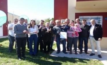 27/04/2017: Se entregaron nuevas viviendas para docentes en Aldea San Antonio