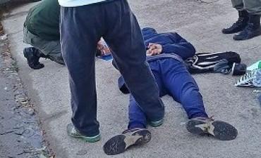27/04/2017: Fue detenido cuando caminaba por avenida Las Heras con más de 300 dosis de cocaína