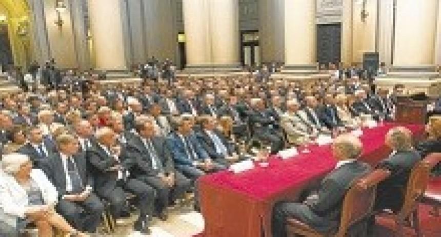 01/04/2018: El Ejecutivo busca cubrir vacantes con 'outsiders' de Comodoro Py