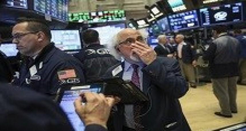 02/04/2018: Wall Street se desplomó tras las críticas de Donald Trump contra Amazon