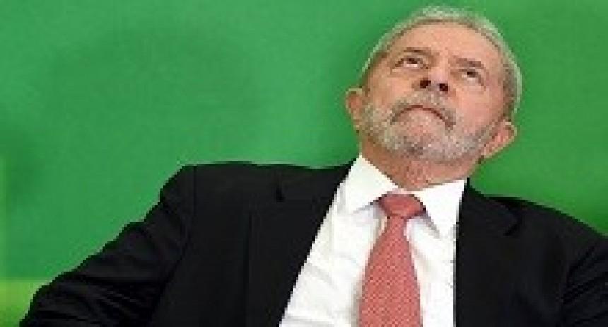 05/04/2018: El juez Sérgio Moro ordenó que Lula Da Silva se entregue a la policía en las próximas 24 horas
