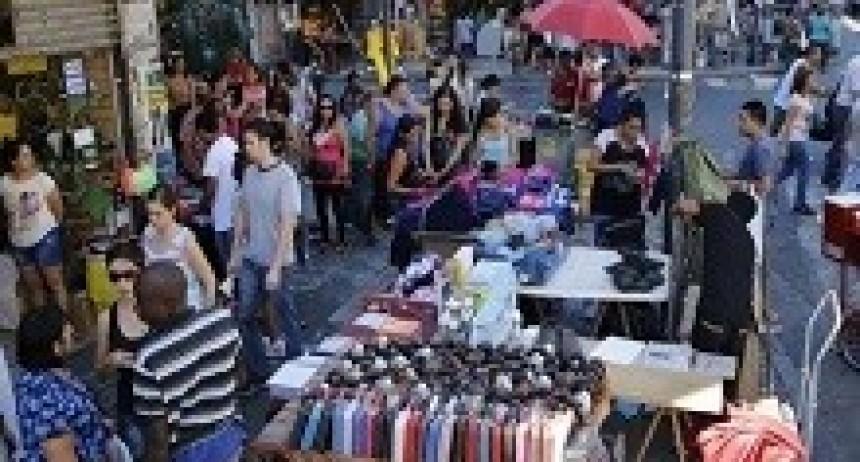 16/04/2018: La cantidad de puestos callejeros de venta ilegal retrocedió en marzo 35,6% en la Ciudad