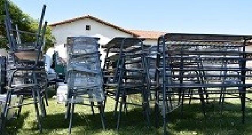 23/04/2018: La provincia entregará mobiliario escolar a 171 escuelas