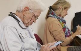 """22/04/2019: Ofrecen el taller """"Preguntas Frecuentes sobre Nuevas Tecnologías"""" para adultos mayores en Punto Digital"""