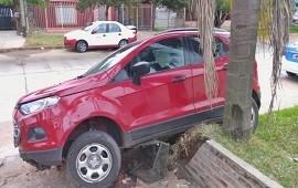 11/04/2019: Un auto se incrustó en una vivienda y su conductor terminó falleciendo