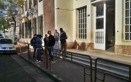 12/04/2019: Los alumnos de la Escuela Técnica N°1 proyectan la rampa de ingreso al edificio