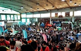 16/04/2019: Miles de jóvenes arrancaron el Conducí Tu Curso en el Club Ferro