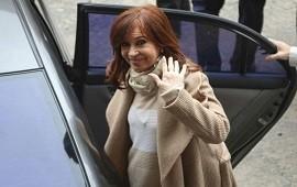 17/04/2019: Cristina Kirchner fue autorizada por la Justicia para viajar a Cuba donde su hija está en tratamiento médico