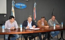 17/04/2019: Firman contrato para el inicio de la obra del barrio Pompeya Sur de Concordia