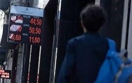 24/04/2019: El dólar repuntó más de 3% en bancos del microcentro porteño y cerró a $44,90 en el Banco Nación