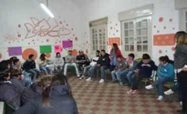 Niños y adolescentes de la escuela Almafuerte reflexionaron sobre la discriminación y las desigualdades sociales