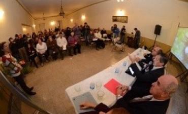 Gobierno y sociedad civil debatieron en Urdinarrain sobre prevención del abuso sexual infantil