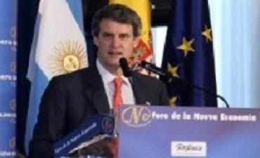 Prat-Gay pidió disculpas a los empresarios españoles por los