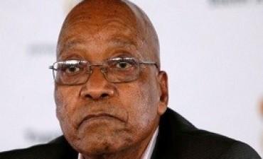 01/05/2017: Abucheos a Zuma obligaron a suspender el acto del 1° de Mayo