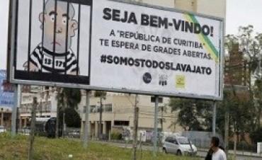 10/05/2017: Curitiba, blindada y con bloqueos de calles por la indagatoria a Lula