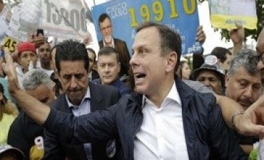 29/05/2017: Brasil: aparece un candidato distinto
