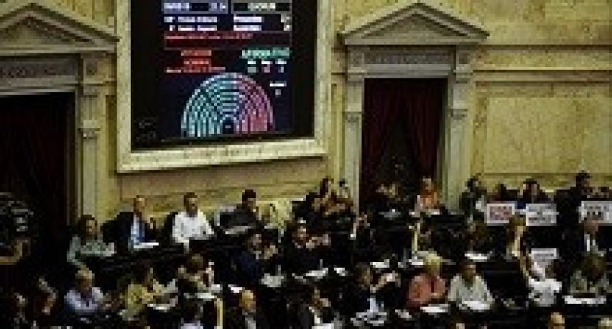 10/05/2018: La oposición logró en Diputados aprobar el proyecto para atenuar la suba de tarifas