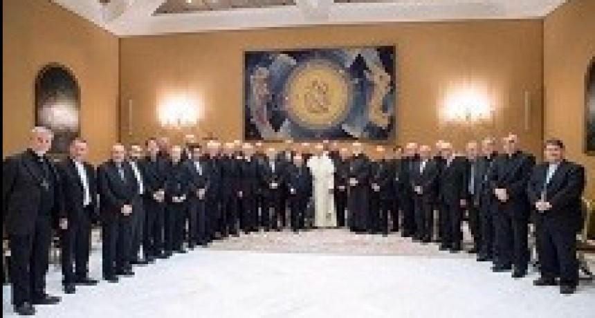 18/05/2018: Renunciaron todos los obispos chilenos por el escándalo de abusos sexuales
