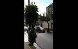 02/05/2021: Una mujer fue arrastrada por motochorros y golpeada por un auto que la quiso auxiliar