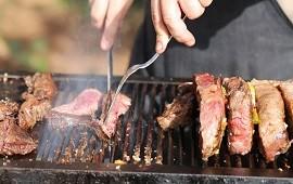 07/05/2021: Denuncian que el Gobierno busca ocultar que el mes pasado se registró el consumo de carne vacuna más bajo de los últimos 100 años