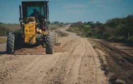 Vialidad trabaja en el acceso a Puerto Curtiembre y en Pueblo Brugo