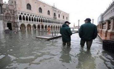 Detienen al alcalde de Venecia y a otras 34 personas por corrupción
