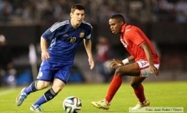 Argentina goleó a Trinidad y Tobago en el Estadio Monumental