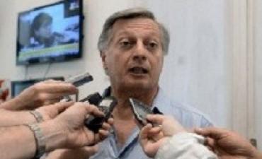 Aranguren tiene 16 millones de pesos en acciones en Shell, pero dice que no hay incompatibilidad
