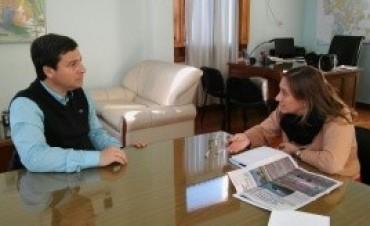 Acuerdan acciones para encarar mejoras en la residencia socioeducativa de jóvenes, de Viale