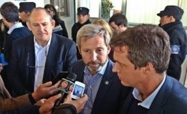 02/06/2017: El clima demoró los vuelos del ministro Frigerio y del gobernador Bordet