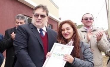 05/06/2017: Se entregaron nuevas viviendas del IAPV en Conscripto Bernardi