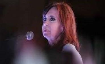 08/06/2017: La encuesta que entusiasma y preocupa a Cristina Kirchner