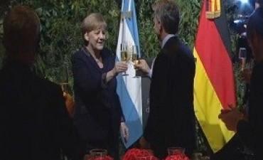 08/06/2017: Merkel elogió a Macri en la cena de honor del CCK: