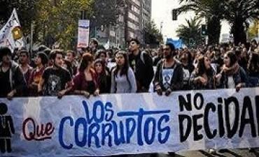 19/06/2'017: Convocan por las redes sociales a una marcha contra