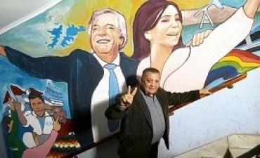 20/06/2017: LANZAMIENTO ¿Restricción perimetral? D'Elía estará a 3 cuadras del acto de CFK El piquetero K que el kirchnerismo dejó afuera de las listas para estas elecciones estará cerca del estadio.
