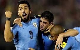 25/06/2018: Mundial Rusia: Uruguay goleó a Rusia y se quedó con el primer puesto del grupo A