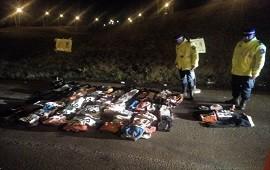 25/06/2019: Detuvieron a una camioneta sobre la autovía Artigas y hallaron 300 prendas de vestir truchas