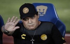 13/06/2019: Maradona renunció como DT de Dorados por operaciones de rodilla y hombro