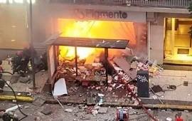 02/06/2020: Villa Crespo: dos bomberos muertos por las explosiones e incendio en una perfumería