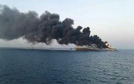 02/06/2021: Irán: Incendio y hundimiento de un barco en el Golfo de Omán