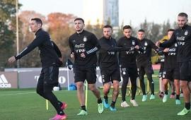 11/06/2021: Lionel Scaloni perfila el equipo para el debut ante Chile