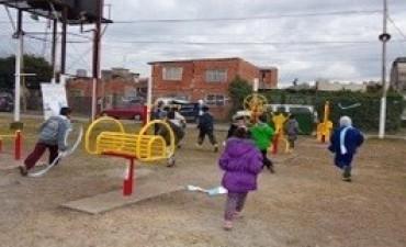 Desarrollo Social inauguró una plaza saludable en Adolfo Sourdeaux