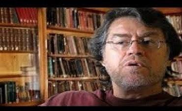 Forster y Monedero diálogaron sobre la realidad política de América Latina y Europa