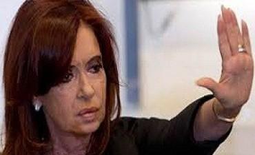 Cristina Kirchner se reúne con dirigentes del FpV en el Instituto Patria