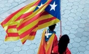 04/07/2017: Cataluña planea declarar la independencia en 48 horas si gana el